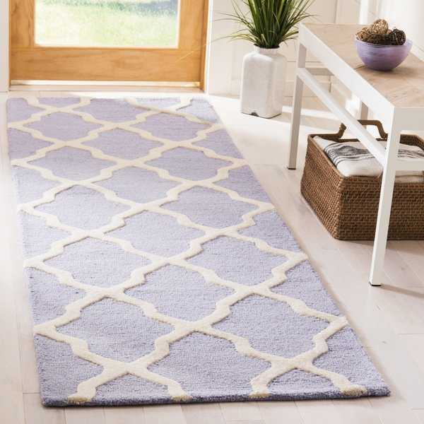 Safavieh Traditional Handmade Cambridge Moroccan Lavender Wool Rug